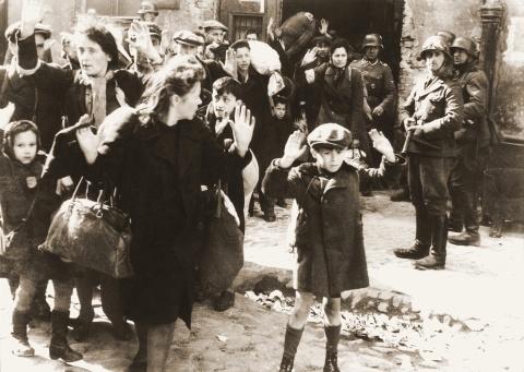 Почему я не верю в холокост?