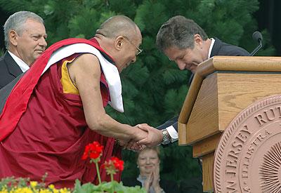 Далай-лама отвечает на вопросы американцев