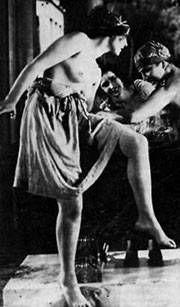 Сексуальная бабушка Лени Рифеншталь